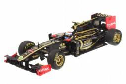 LOTUS Renault GP - nº10 Showcar 2011 - Vitaly Petrov