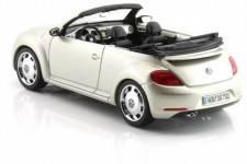 VOLKSWAGEN Beetle Cabriolet - 2013
