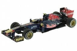 TORO ROSSO STR8 F1 2013 D. Ricciardo - Minichamps Escala 1:43 (410130019)