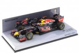 RED BULL RB8 Showcar F1 2012 M. Webber - Minichamps Escala 1:43 (410120072)