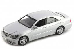 TOYOTA Zero Crown 2004 - J-collection Escala 1:43 (JC31002SM)