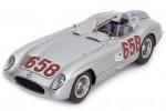 MERCEDES-Benz 300 SLR Formula 1 Mille Miglia 1955 J.M.Fangio - CMC Escala 1:18 (M-117)