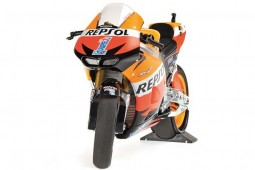 HONDA RC213V Repsol MotoGP 2012 Casey Stoner - Minichamps Scale 1:12 (122121101)