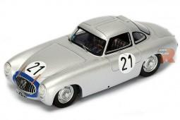 MERCEDES-Benz 300SL Ganador Le Mans 1952 H. Lang / F. Riess - Spark Escala 1:43 (43LM52)