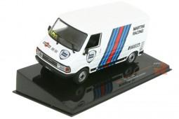 FIAT 242E Furgoneta Asistencia Martini Racing 1986 - Ixo Escala 1:43 (CLC297)