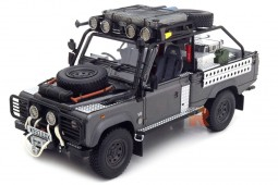 LAND ROVER Defender Tomb Raider Edition 2001 - Kyosho Scale 1:18 (8902TR)