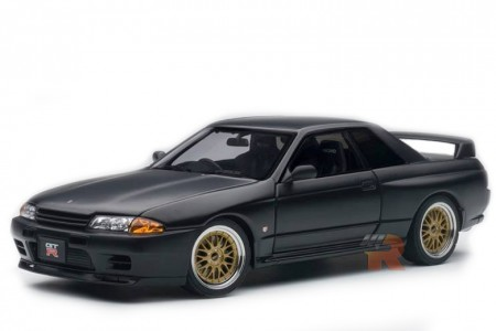 NISSAN Skyline GT-R (R32) Tuned Version 1994 - AutoArt Escala 1:18 (77418)