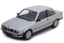 BMW 323i 1982 - Minichamps Scale 1:18 (155026001)