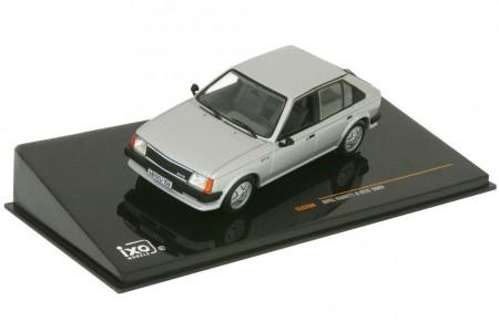 OPEL Kadett D GT/E 1983 - Ixo Escala 1:43 (CLC268)