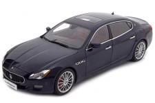 MASERATI Quattroporte GTS 2015 - AutoArt Escala 1:18 (75807)