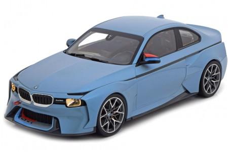 BMW 2002 Hommage Collection 2018 - Norev Escala 1:18 (80432454780)