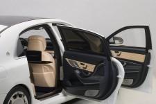 MERCEDES-Benz Maybach S Klasse S600 2015 - AutoArt Escala 1:18 (76291)