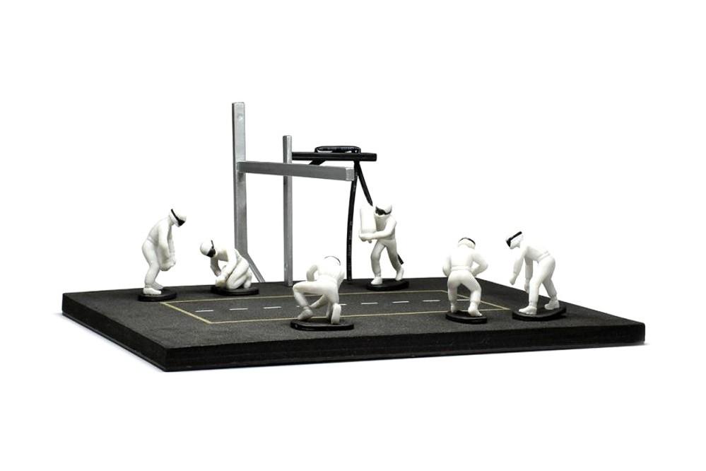 1:43 #FIG001SET rot IXO Set Pit Stop 6 Figuren mit Zubehör