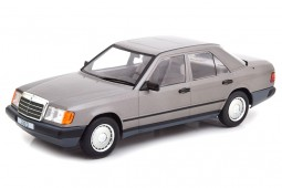 MERCEDES-Benz 300 D (W124) 1984 - Model Car Group Escala 1:18 (MCG18100)