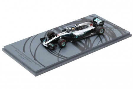 MERCEDES AMG W09 Campeon del Mundo F1 Ganador GP Abu Dhabi 2018 L. Hamilton - Spark Escala 1:43 (s6068)