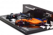 Set McLaren MCL33 2018 / Mianrdi PS01 2001 F. Alonso 300th GP Canada - Minichamps Scale 1:43 (412180114)