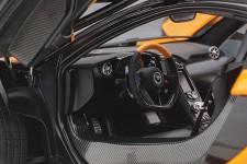McLaren P1 2013 Papaya Spark - AutoArt Escala 1:18 (76063)