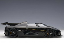 KOENIGSEGG One:1 2014 Carbon / Black / Gold - AutoArt Escala 1:18 (79019)