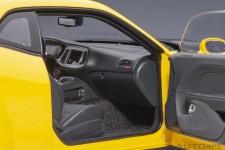 DODGE Challenger SRT Hellcat Widebody 2018 - AutoArt Escala 1:18 (71737)