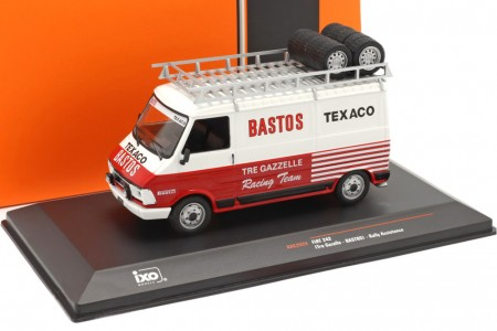 FIAT 242 Rally Assistance Tre Gazzelle Racing Team 1984 - Ixo Escala 1:43 (RAC292X)