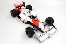 McLaren MP4/5B 1990 Gerard Berger - GP Replicas Escala 1:18 (GP34B)
