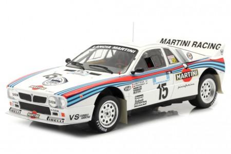 LANCIA 037 Rally Acropolis 1983 A. Bettega / M. Perissinot - Ixo Escala 1:18 (18RMC054C)