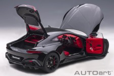 ASTON MARTIN Vantage 2019 Black - AutoArt Escala 1:18 (70275)
